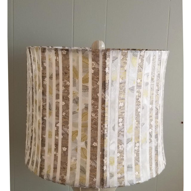Contemporary Jil Smith Gray Ceramic Table Lamp with Shade For Sale - Image 3 of 4