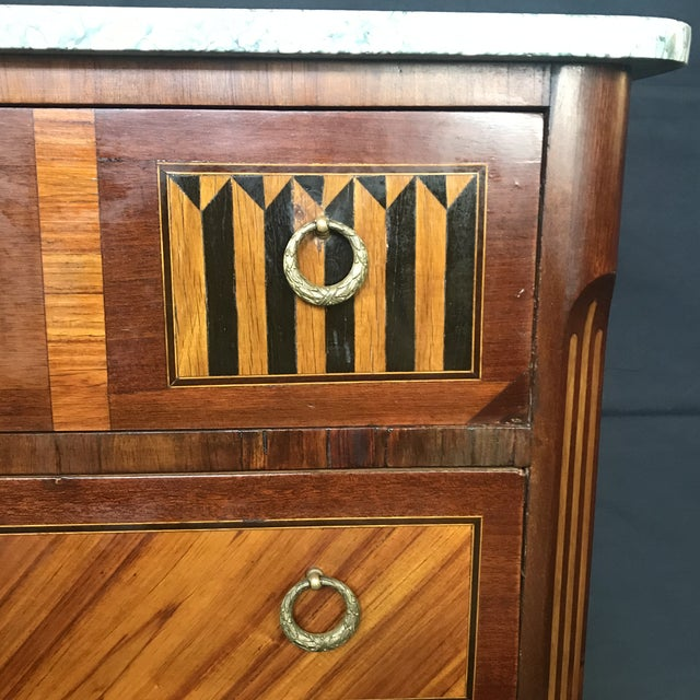 Wood 1940s Vintage French Louis XVI Style Marquetry Inlaid Petite Commode For Sale - Image 7 of 13
