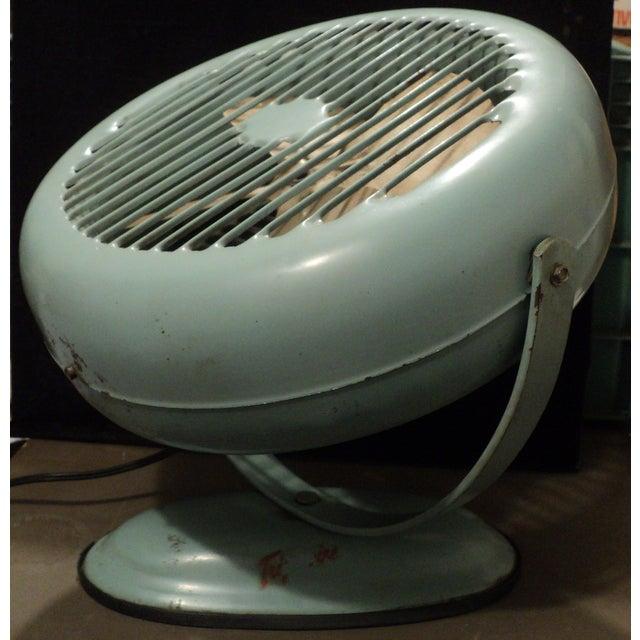 Vintage Lasko Model #52 Moveable Fan - Image 4 of 9