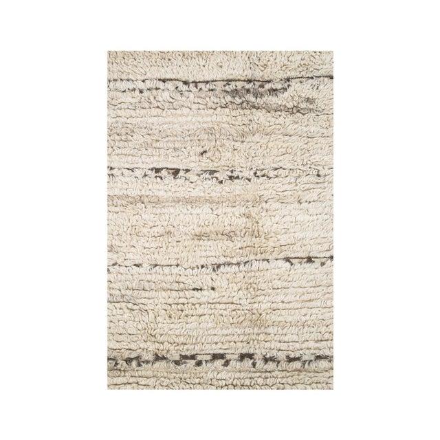 Vintage Moroccan Beni Ouarain Hanbel rug. 100% wool with some goat hair, loop pile low.