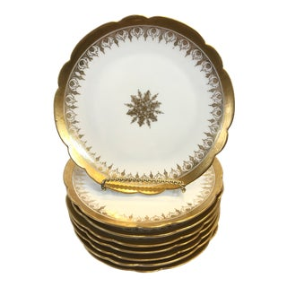 Early 20th Century Vintage French Snowflake Plates - Set of 8 For Sale