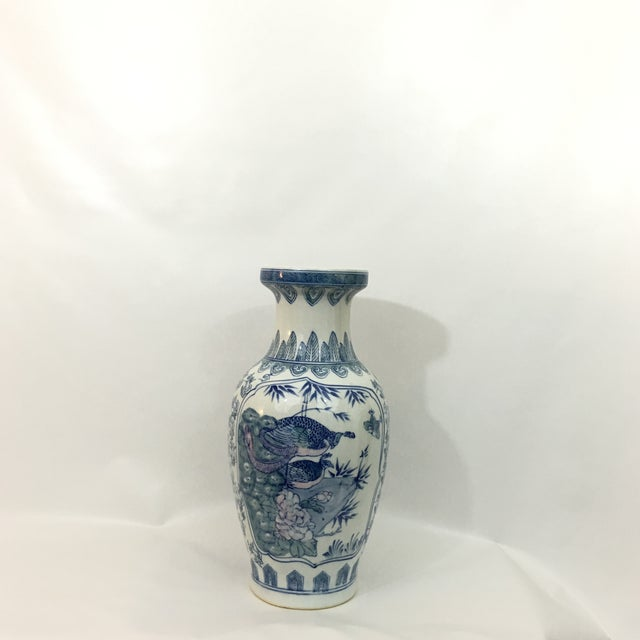 Vintage Chinoiserie Hand Painted Peacock Vase - Image 6 of 8
