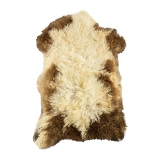 "Hand-Tanned Sheepskin Pelt Rug - 1'10""x2'9"" For Sale"