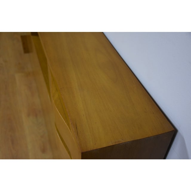 Red Lion Bleached Mahogany Full Bed - Image 4 of 6