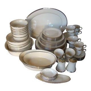 Lenox Solitaire Dinnerware - Setting for 6 For Sale