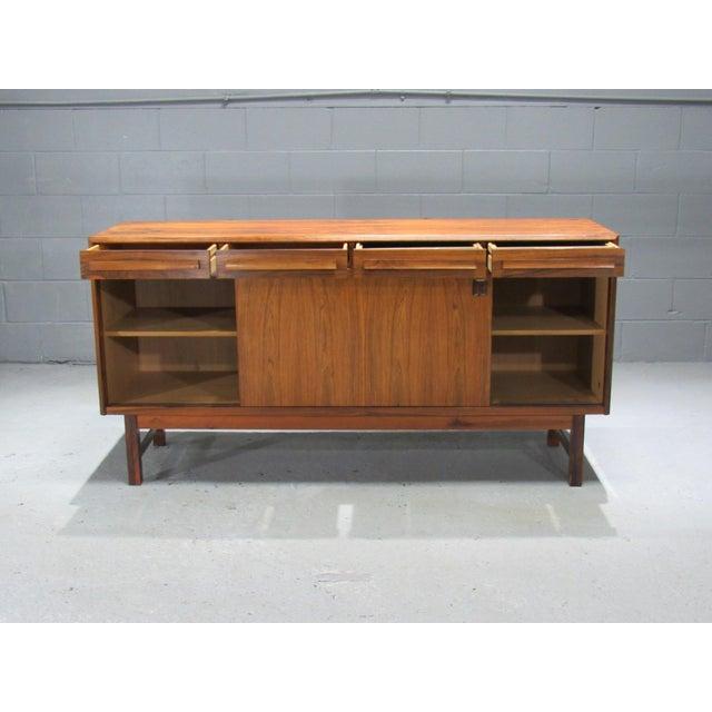Danish Modern 1960s Danish Modern Bordum Og Nielsen Rosewood Sideboard For Sale - Image 3 of 12