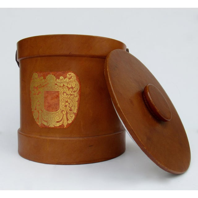 Vintage Italian Ralph Lauren-Style Tooled Saddle Leather Oversized Traveling Cooler, Wine Holder And/Or Ice Bucket For Sale In West Palm - Image 6 of 13