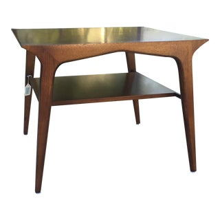 1950s Mid-Century Modern Drexel Profile Walnut Corner Table For Sale
