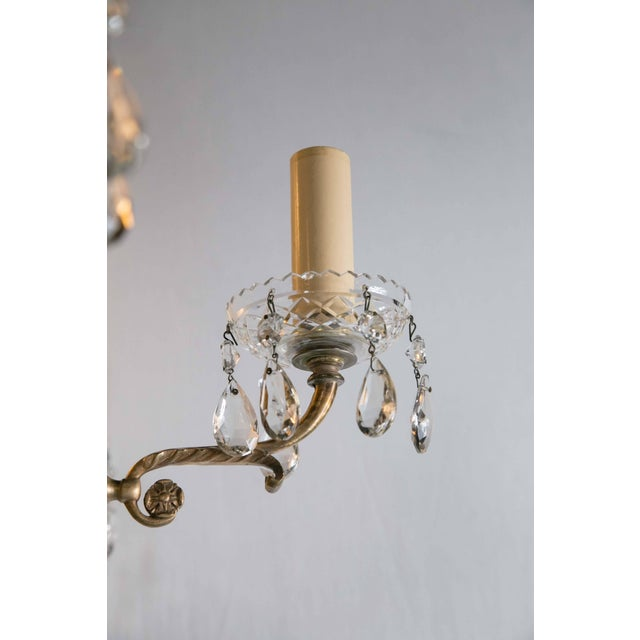 1930s 1930 French Gilt Bronze Chandelier With Cut Crystal Inset For Sale - Image 5 of 10