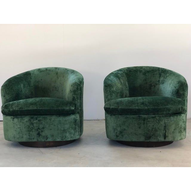 Fabric 1970s Vintage Milo Baughman Like Swivel Chairs- A Pair For Sale - Image 7 of 7