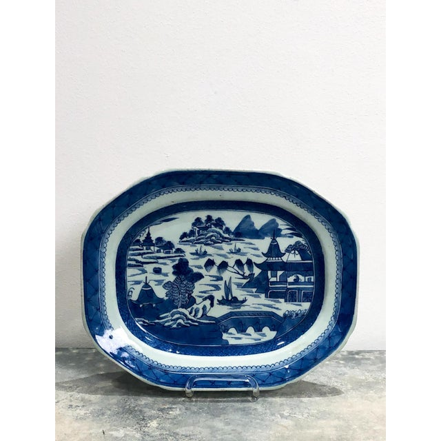 Early 19th Century Early 19th Century Chinese Canton Platter For Sale - Image 5 of 5