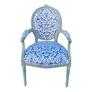 Antique 19c French Paint Decorated Louis XVI Style Arm Chair W Blue & White Damask For Sale