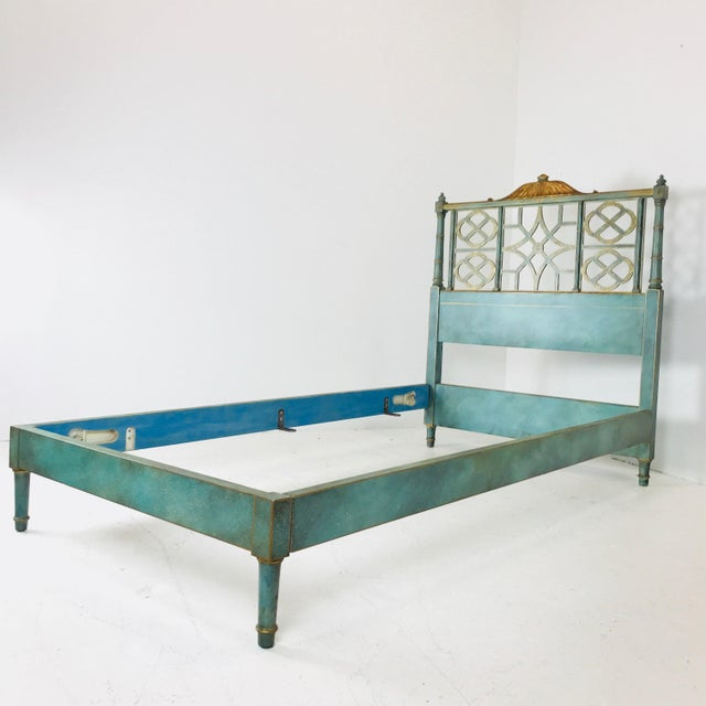 Kittinger Pair of Twin Chinoiserie Pagoda Beds by Kittinger For Sale - Image 4 of 12