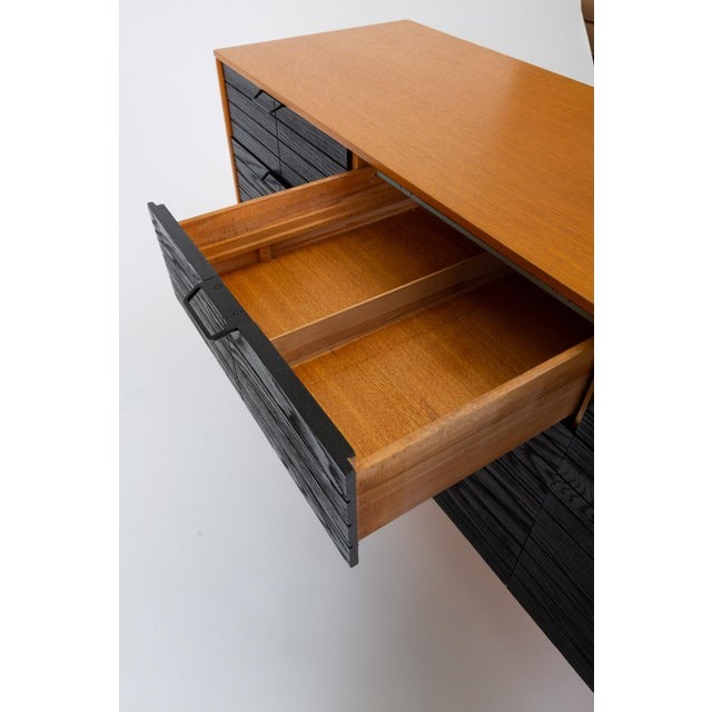 """Raymond Loewy's """"Accent"""" Line Nine-Drawer Dresser for the Mengel Company For Sale - Image 11 of 13"""