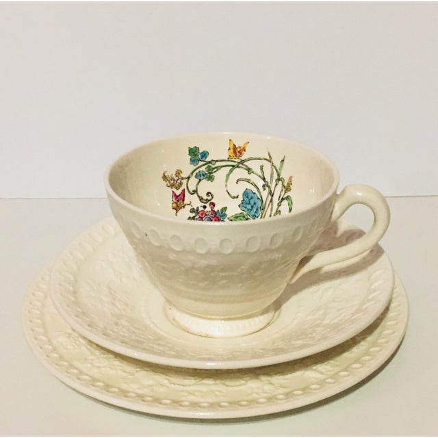 """For your next high tea, we present 12 pieces from the beautiful vintage Wedgwood """"Montreal"""" bone collection, including 4..."""