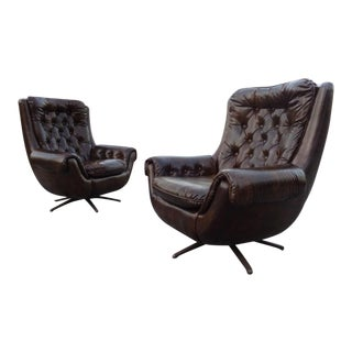 1970's Brown Leatherette Egg Swivel Lounge Chairs ~ a Pair For Sale