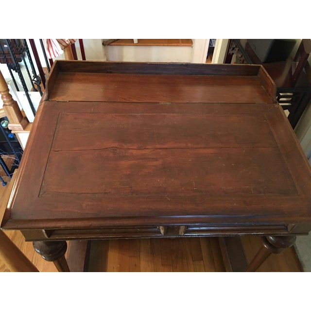 Beautiful late Victorian Davenport desk. In very good condition. Door on one side. Three drawers on the other. Top lifts...