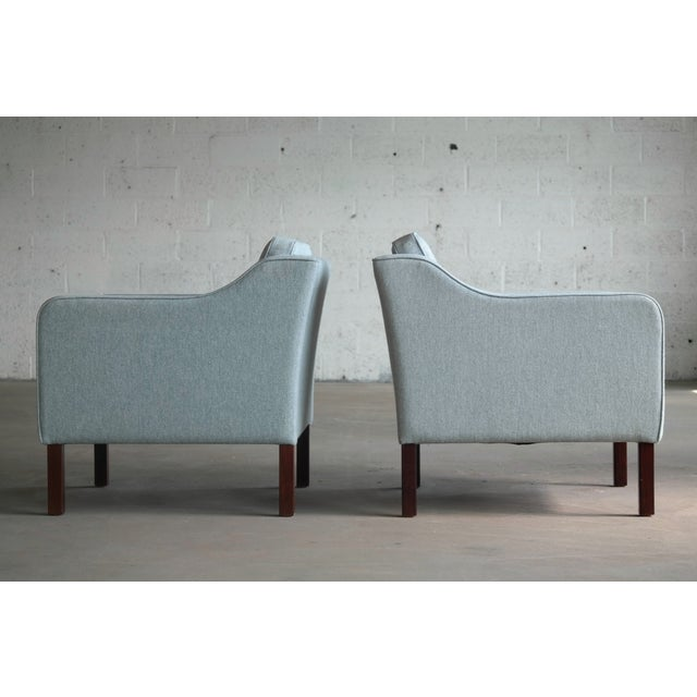 Blue Børge Mogensen Model 2421 Style Danish Lounge Chairs in Cornflower Blue Wool For Sale - Image 8 of 13