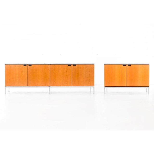 Florence Knoll White Oak Credenza with Carrara Marble Top For Sale - Image 10 of 11