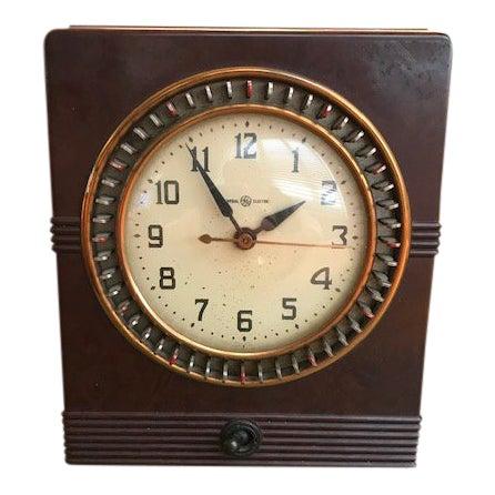 Vintage Mid-Century Bakelite Electric Parlor Clock Timer For Sale