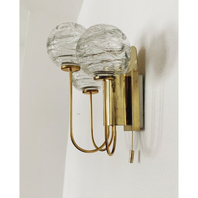 Mid-Century Modern Set of 2 Mid-Century Modern Brass and Ice Glass Wall Sconces by Doria For Sale - Image 3 of 8