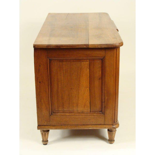 Louis XVI Continental Neoclassical Walnut Commode, 1820s For Sale - Image 5 of 9