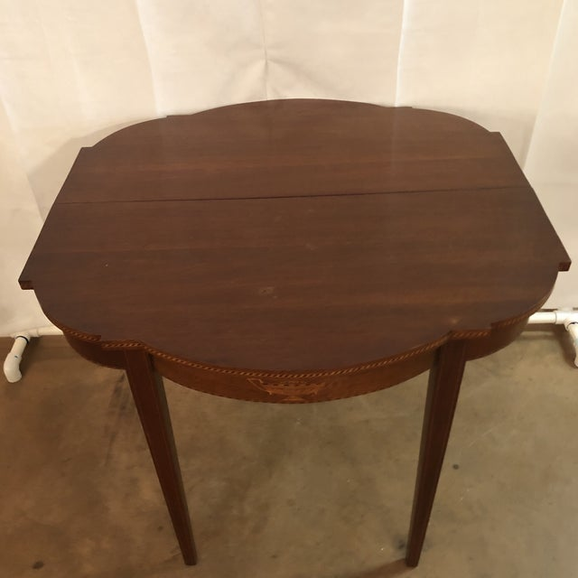 1900s Federal Inlaid Mahogany Game Table For Sale - Image 9 of 13