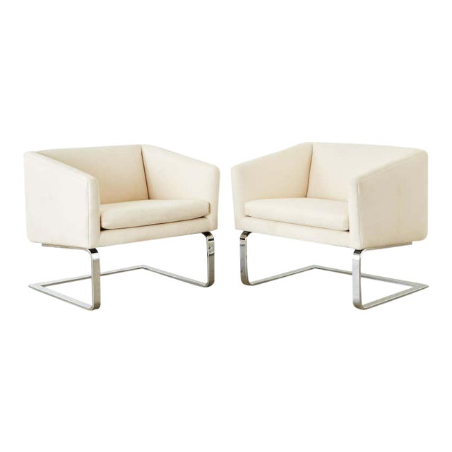 Selig Mid-Century Modern Cantilever Lounge Chairs - a Pair For Sale