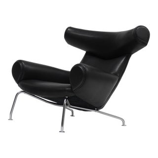 Early Ox Lounge Chair by Hans Wegner for a.p. Stolen For Sale