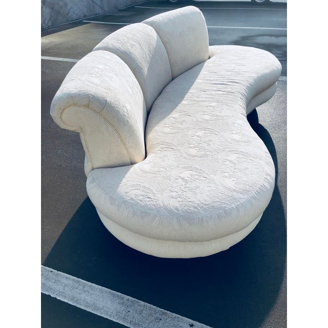 """Adrian Pearsall 1980s Vintage Adrian Pearsall for """"Comfort Designs"""" Curved Kidney Shaped Sofa For Sale - Image 4 of 9"""