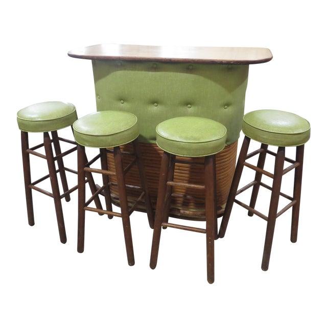 Vintage Rattan and Avocado Green Tiki Bar & 4 Bar Stools For Sale
