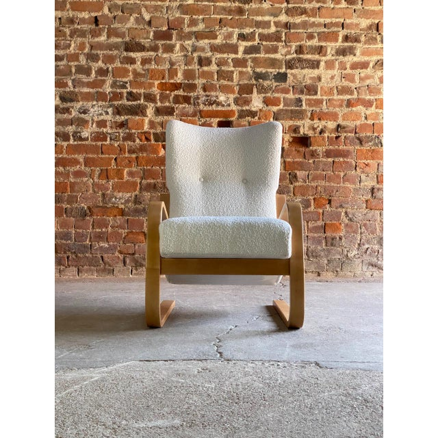 White 1940s Vintage Alvar Aalto Model 401 Cantilever Lounge Chair in Bouclé by Finmar For Sale - Image 8 of 12