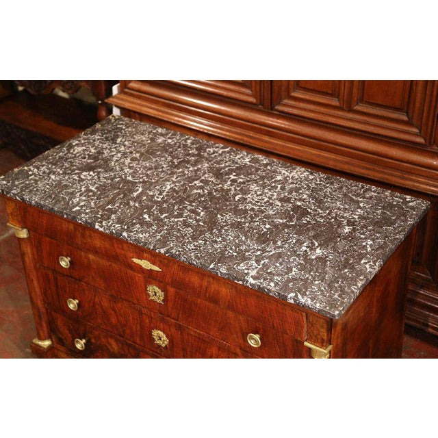 French 19th Century French Empire Walnut Four-Drawer Commode With Black & White Marble For Sale - Image 3 of 8