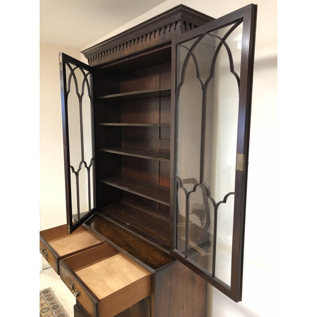 Georgian Stepback Chippendale Bookcase Cabinet For Sale In Nashville - Image 6 of 12