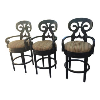 15th Century Americana Wooden 3 Curved Swivel Bar Stools - Set of 3 For Sale