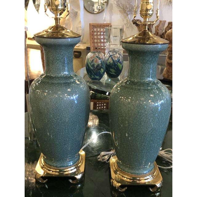 1970s Vintage Hollywood Regency Pagoda Teal Green Crackle Glaze & Brass Table Lamps -A Pair For Sale - Image 5 of 13