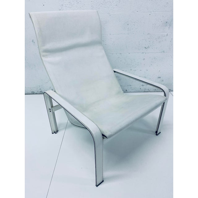 "1980s Matteo Grassi Leather ""Sistina"" Lounge Chair and Foot Stool, Vintage 1980s For Sale - Image 5 of 13"