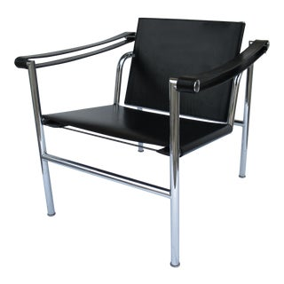 C.1950s-60s Le Corbusier Lc1 Basculant Chrome & Black Saddle Leather Sling Lounge Chair For Sale
