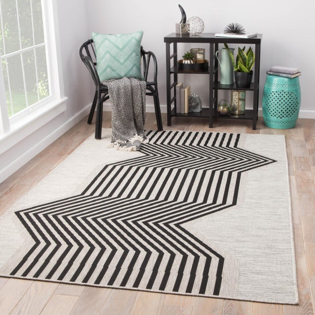 2010s Nikki Chu by Jaipur Living Minya Indoor/ Outdoor Geometric Area Rug - 2′ × 3′7″ For Sale - Image 5 of 6