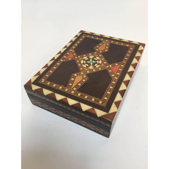 Mid 20th Century Middle Eastern Syrian Inlaid Marquetry Mosaic Box For Sale - Image 5 of 7
