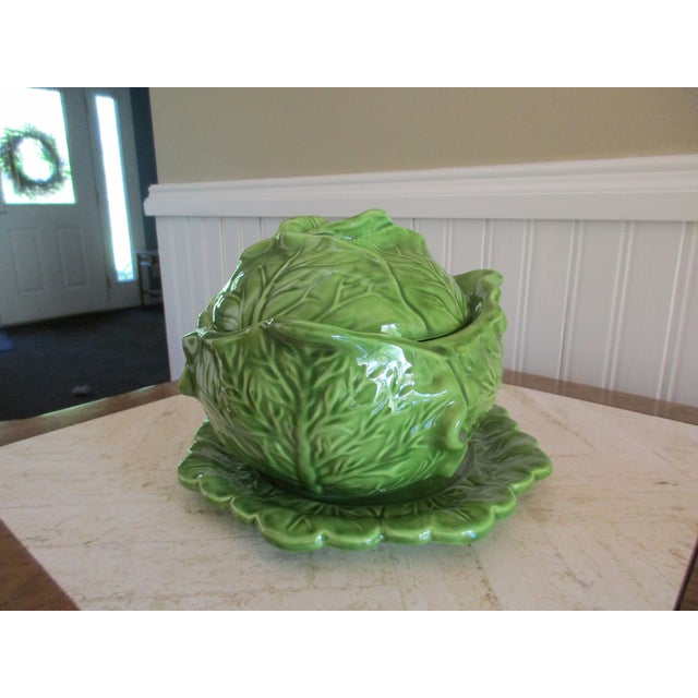 Here's a beautiful cabbage style serving dish or tureen from Holland Mold Company. It is a three-piece set; plate, dish...