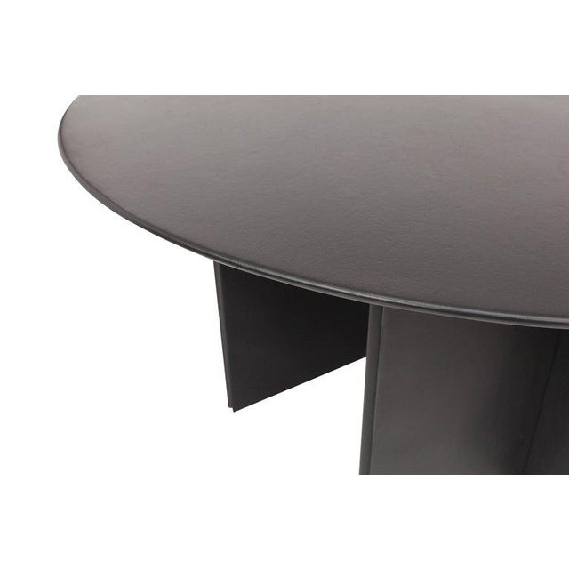 Round Dining Table in Black Leather for Durlet, 1970s For Sale - Image 9 of 10