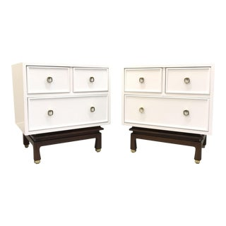 American of Martinsville White Laquered Nightstands - A Pair For Sale