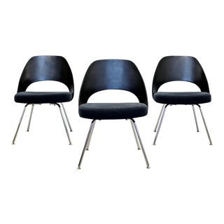 Modern Eero Saarinen for Knoll Set of 3 Office Side Chairs 1960s 2011
