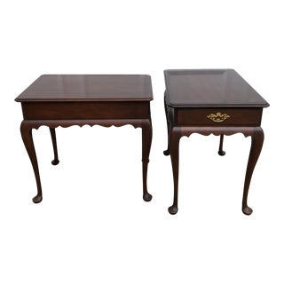 Vintage Queen Anne Statton Trutype Scalloped Skirted Mahogany End Tables - a Pair For Sale