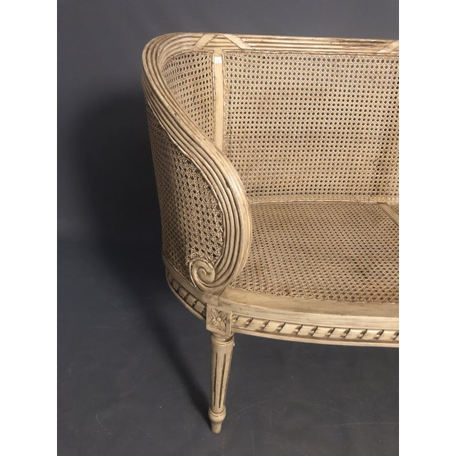 1950s Vintage Traditional French Provincial Settee For Sale - Image 9 of 12
