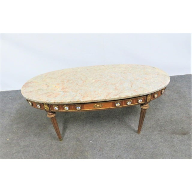 French Louis XVI Ormolu Porcelain Mounted Marble Top Coffee Table For Sale - Image 3 of 10