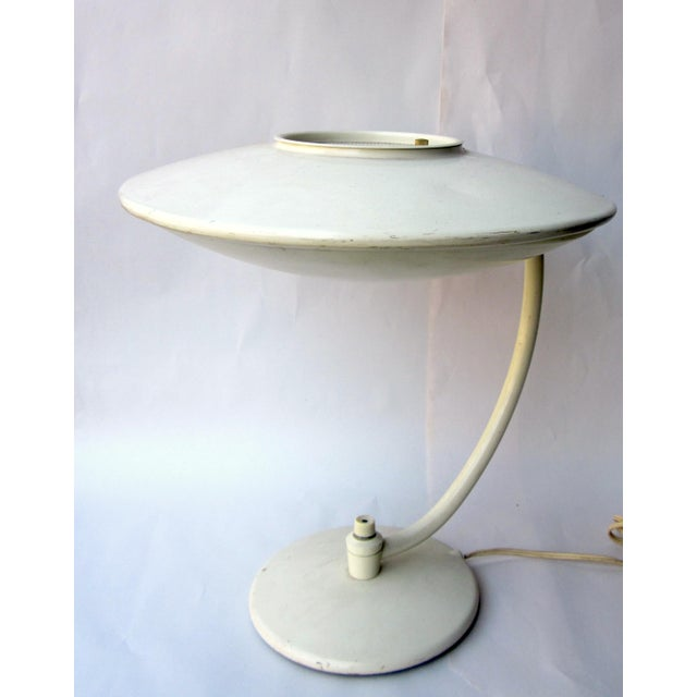 Vintage 1950s Mid Century Atomic Age MCM Dazor Ufo Desk Lamp or Table Lamp With Eggshell White Finish and Original Fiberglass Shade For Sale - Image 11 of 11