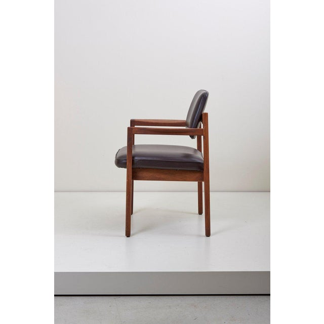 Mid-Century Modern Jens Risom Armchair in Walnut and Leather by Jens Risom Inc. For Sale - Image 3 of 11