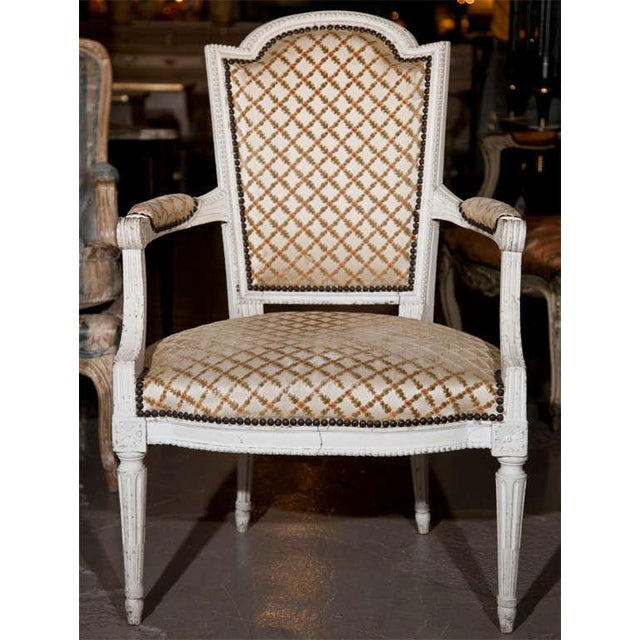 French Louis XIV Style Arm Chairs - Pair For Sale In New York - Image 6 of 8